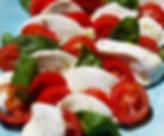 Insalata Caprese tomat, mozzarella basil