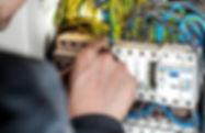electrician-1080573.jpg