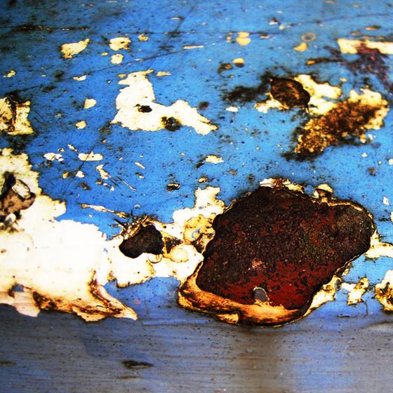 Vestiges-of-paint-no201011191401.jpg