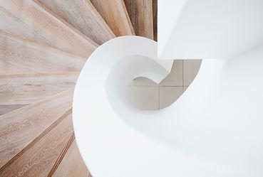 geschwungene Treppe