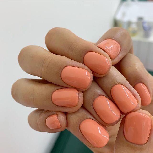 Manicure Semipermanente + Henné