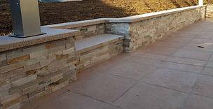 muret paysager, muret terrasse, pierre, plaquette de pierre, parement mur, quartzite, granit