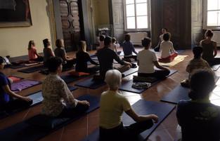 Corso di Introduzione alla Meditazione secondo la Tradizione Himalayana - 1° lezione gratuita 9 Otto
