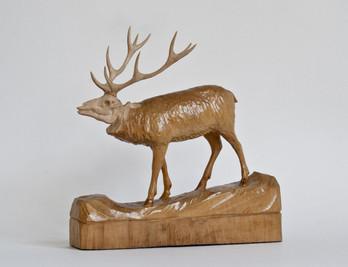 Geschnitzter Hirsch aus Holz 27cm, kunstvolle Schnitzerei, ebay Nr.180880918909