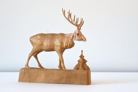 Hirsch Holz, handgeschnitzt aus Erzgebirge ca. 1970er Jahre/ ebay Nr.121442604381