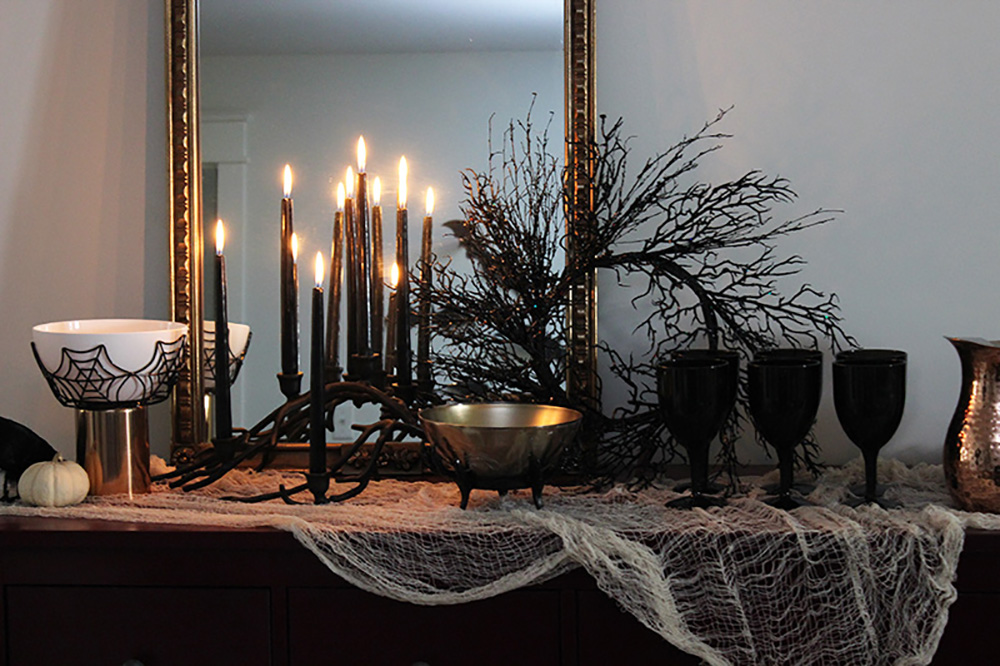 Halloween Black Decor