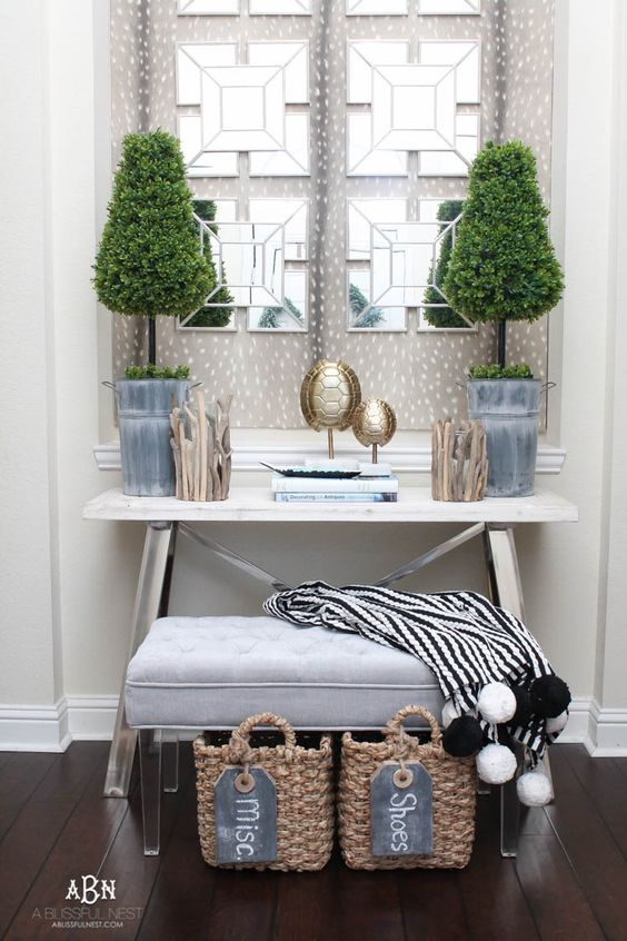 Topiary Table with Seating