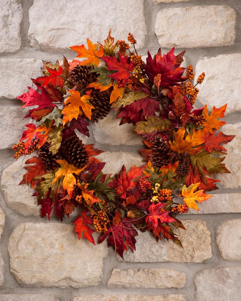 Pine Cone & Leaf Wreath