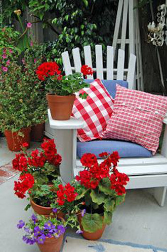 Geranium Sitting Area