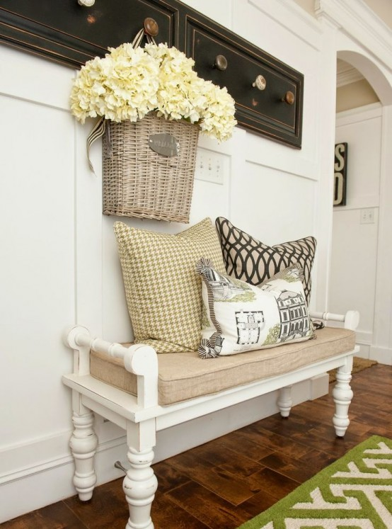 Shabby Chic Bench Decor