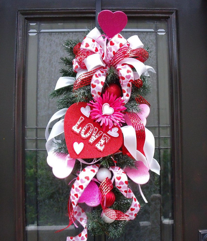 Valentine Door Swag