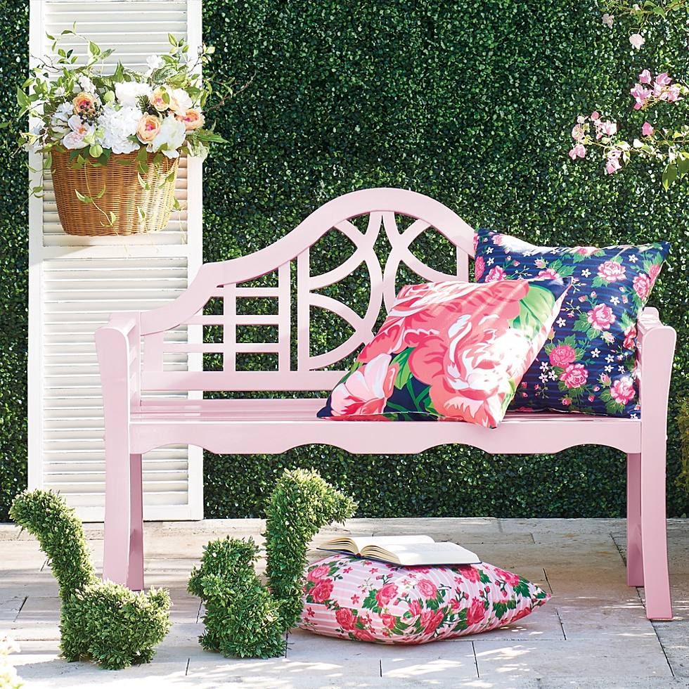 Pretty in Pink Porch Decor