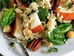 Pear, Quinoa & Spinach Salad