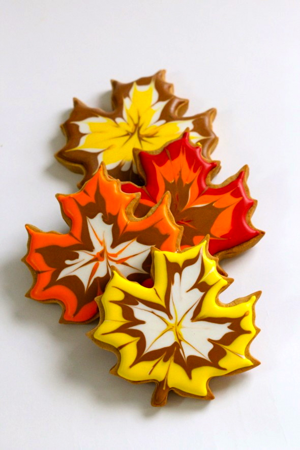 Stunning Maple Leaf Cookies