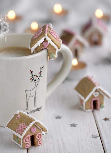 Gingerbread House Mug Cookies