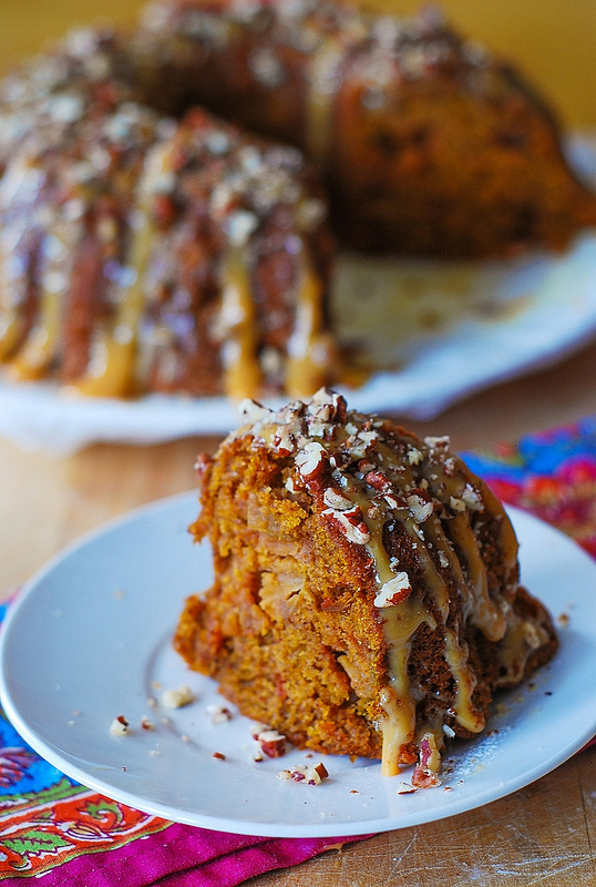 Apple Pumpkin Bundt Cake