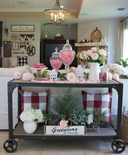 Dandy Candy Table