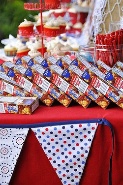 Labor Day Table Display