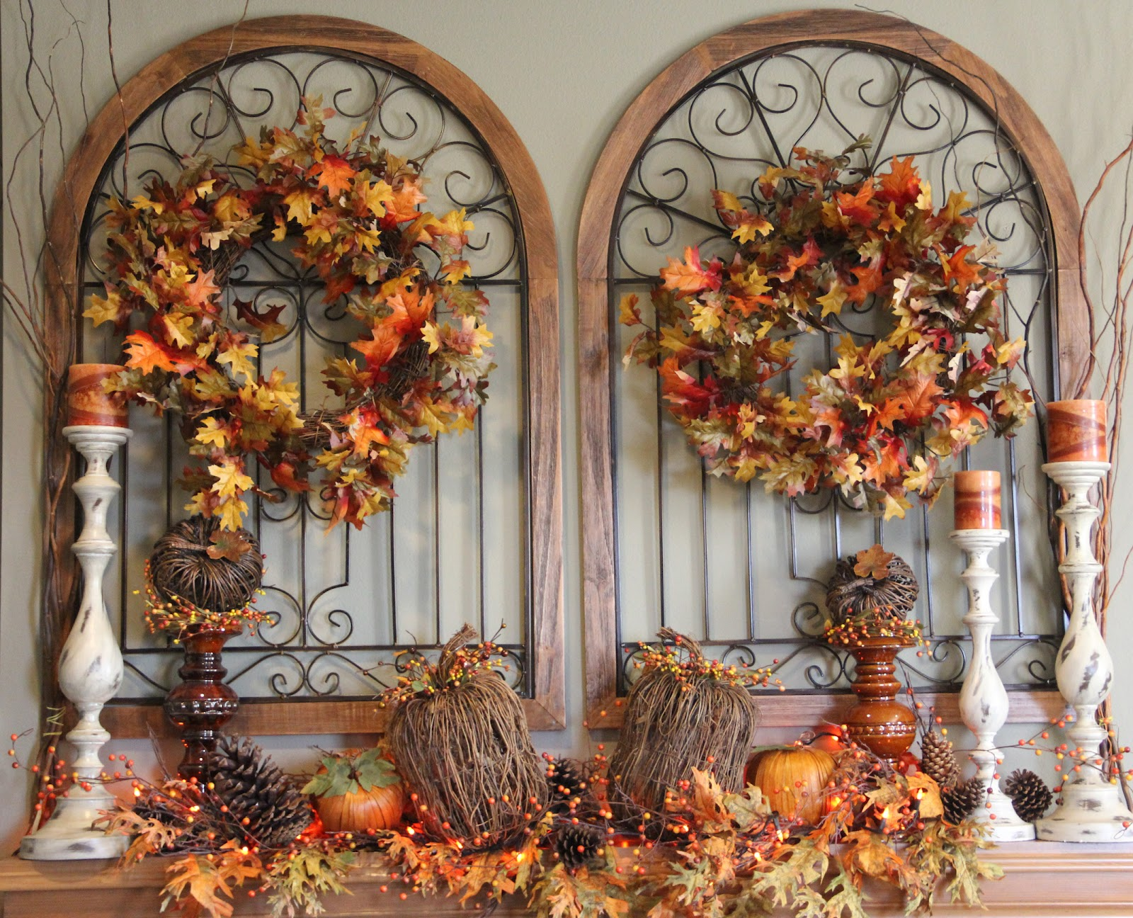Rustic Doors & Autumn Decor