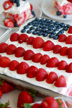 Flag Cake with Cheesecake Topping