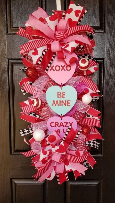 Be Mine Oblong Wreath