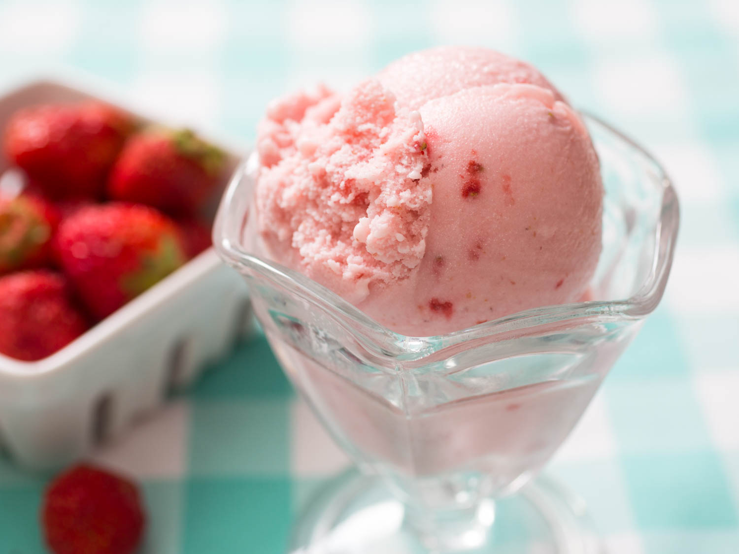 Homemade Strawberry Ice-Cream
