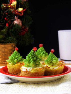 Christmas Tree Quiches