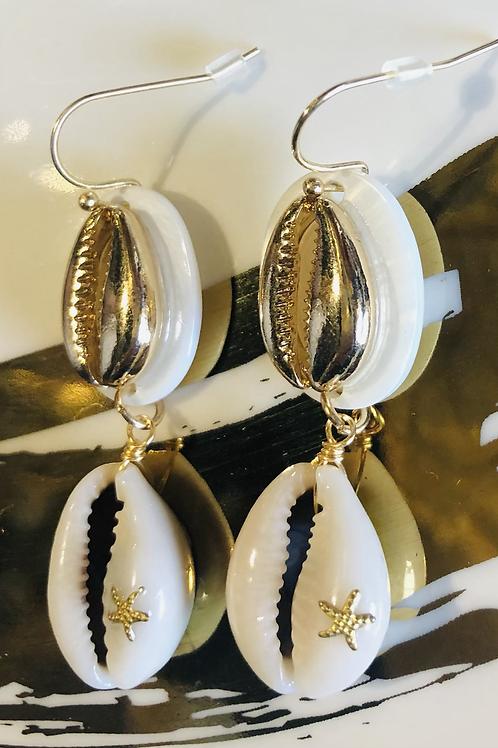 Double Gold Shell 🐚 Earrings