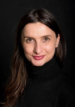 Катя Бръмбарова