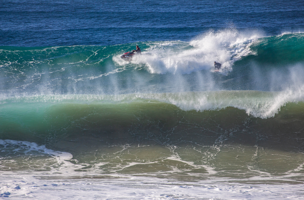 Large surf