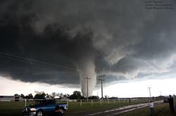 Violent EF4 tornado