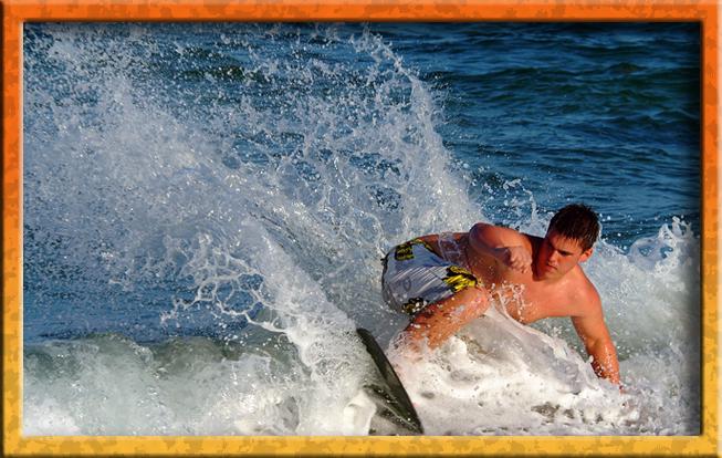 Skim boarder