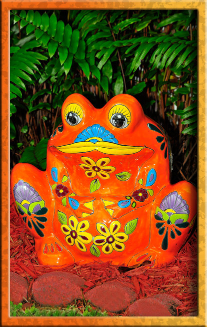 Talavera frogs everywhere!