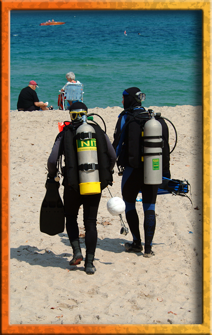 Beach Divers
