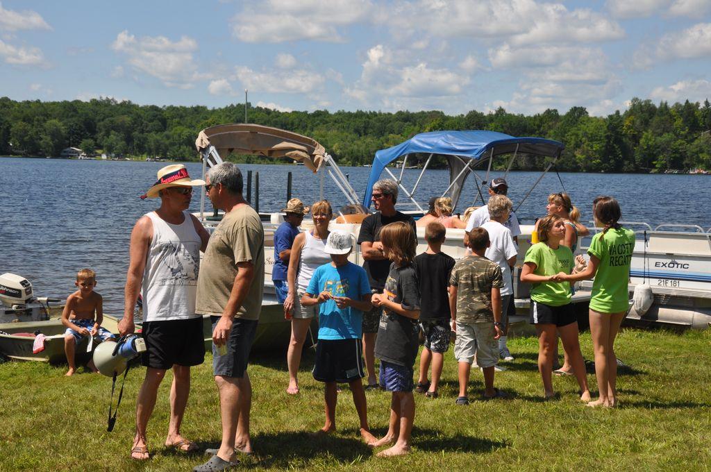 Cordova Lake Cottage Regatt 2011 078