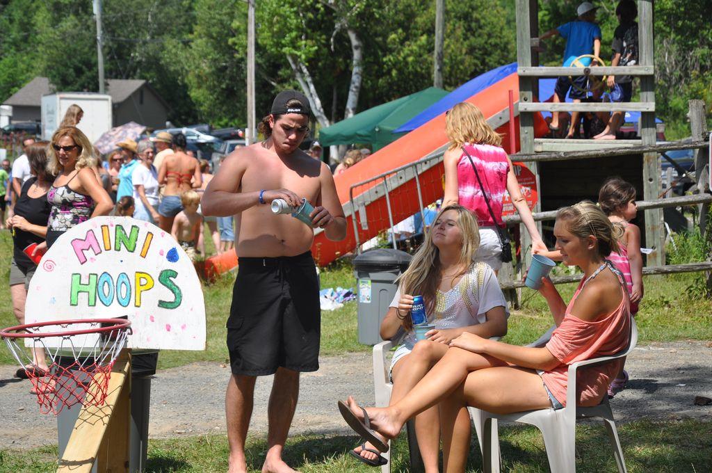 Cordova Lake Cottage Regatt 2011 140