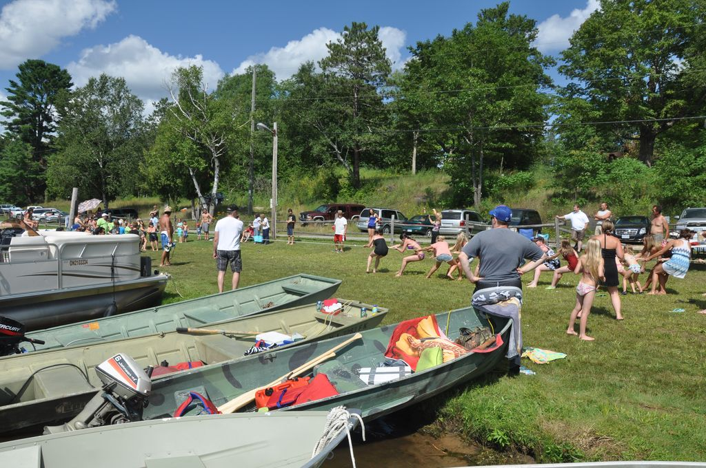 Cordova Lake Cottage Regatt 2011 234