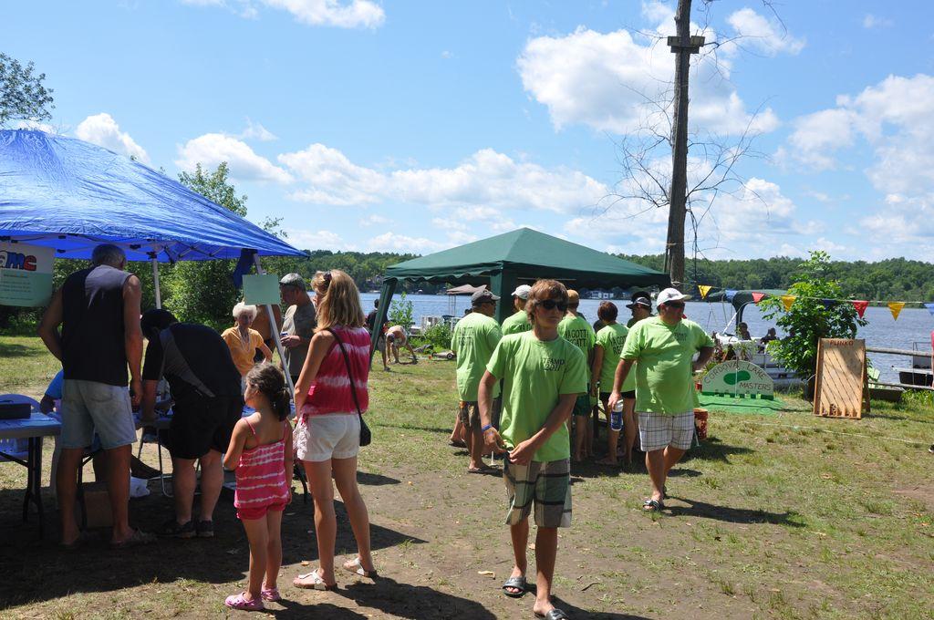 Cordova Lake Cottage Regatt 2011 136