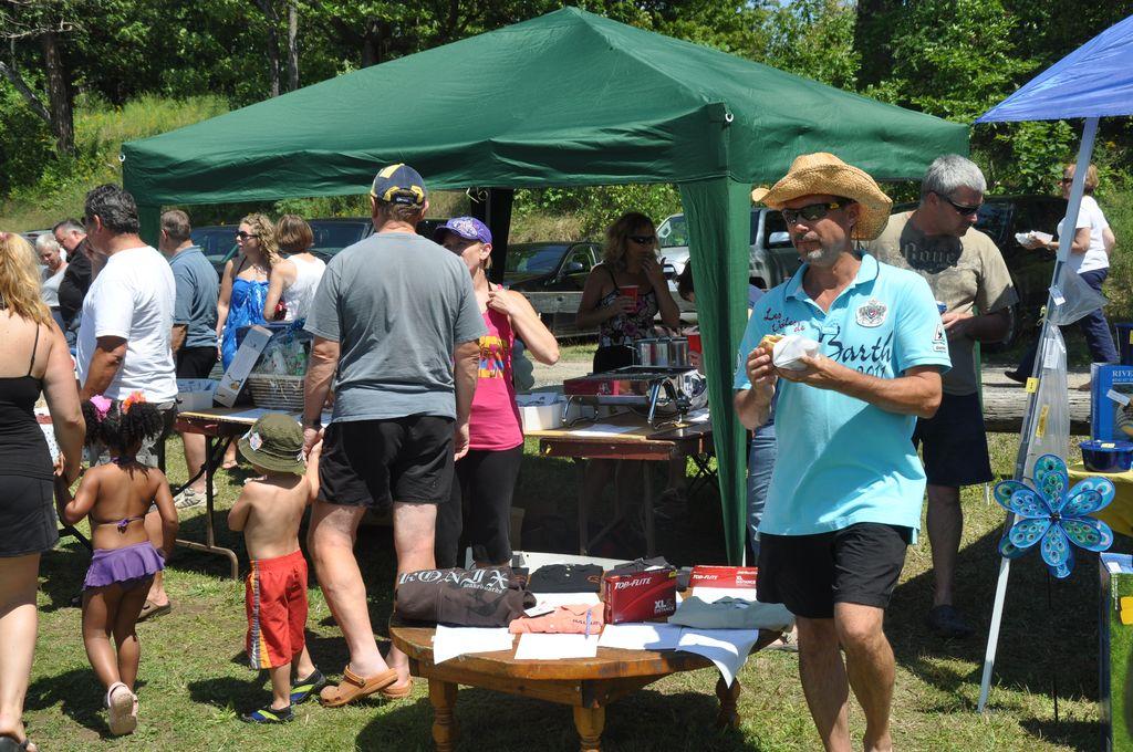 Cordova Lake Cottage Regatt 2011 064