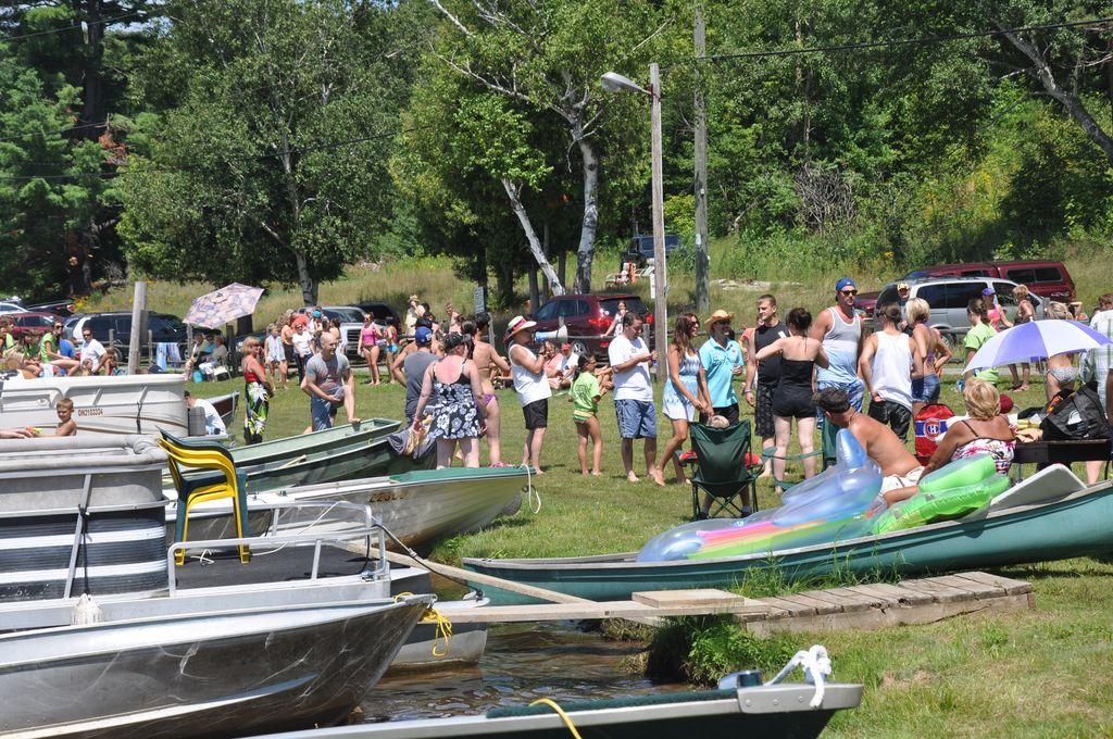 Cordova Lake Cottage Regatt 2011 102