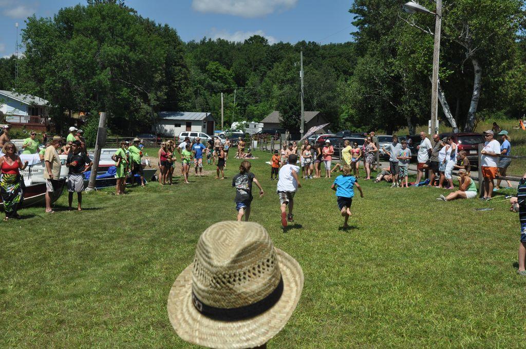 Cordova Lake Cottage Regatt 2011 066
