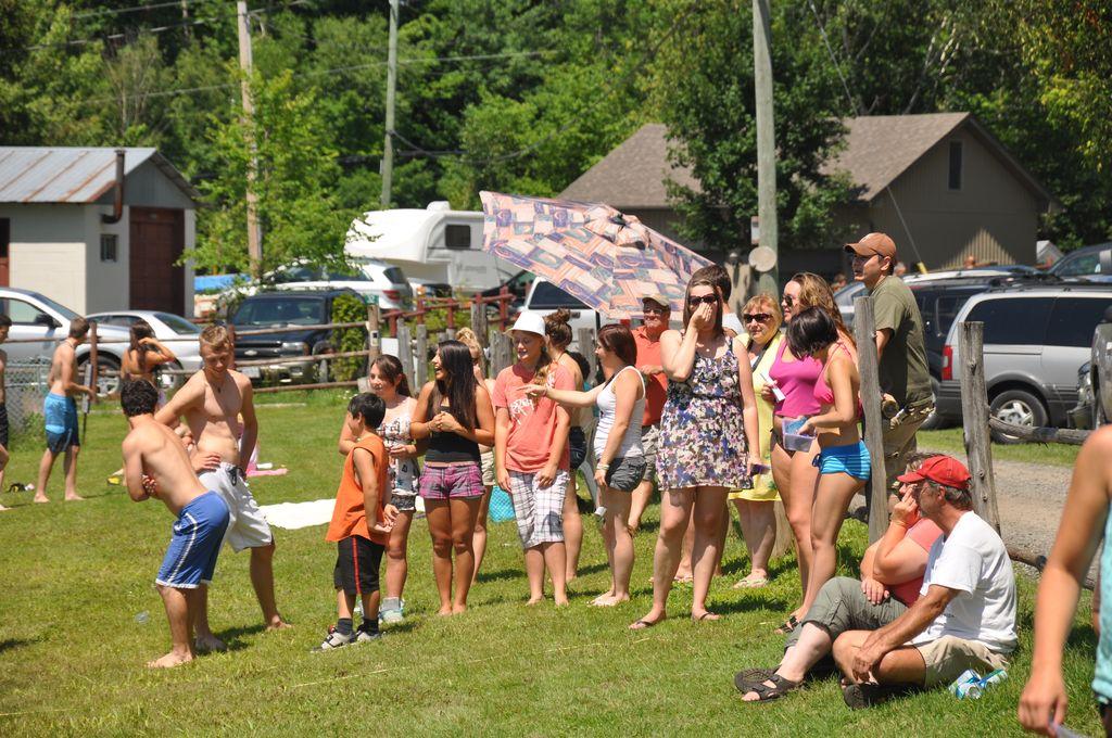 Cordova Lake Cottage Regatt 2011 081