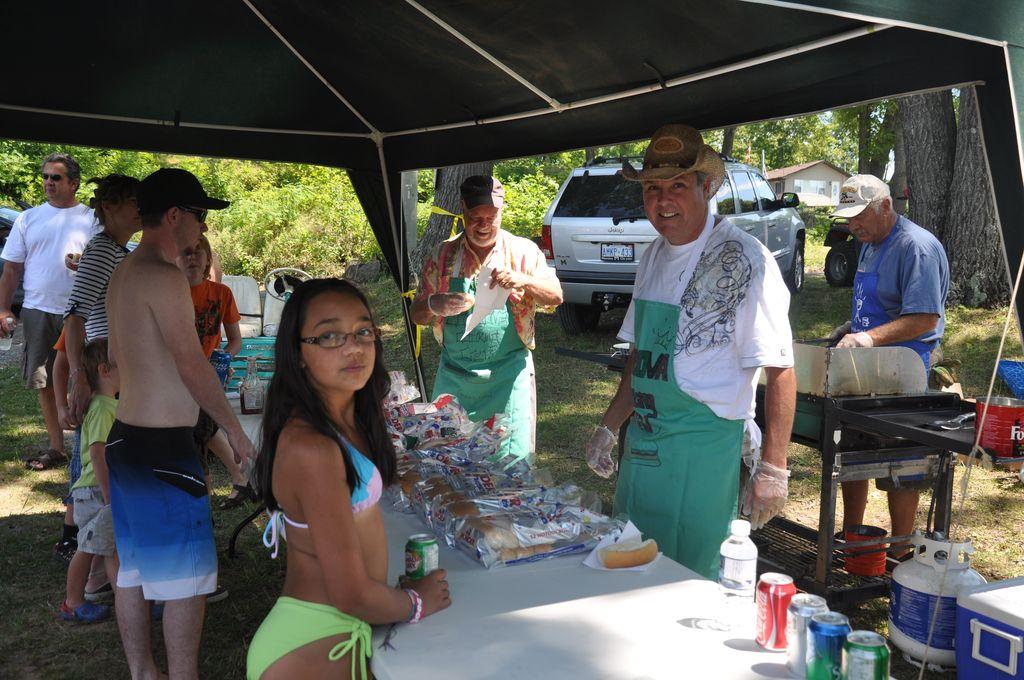 Cordova Lake Cottage Regatt 2011 048