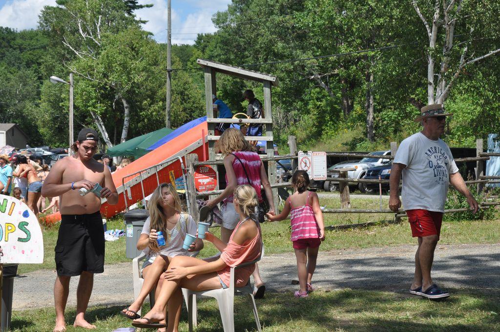 Cordova Lake Cottage Regatt 2011 139