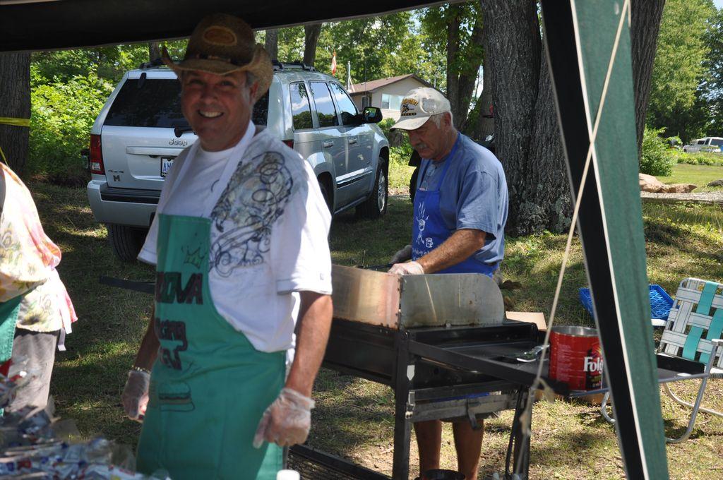 Cordova Lake Cottage Regatt 2011 047