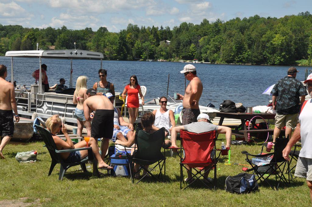 Cordova Lake Cottage Regatt 2011 061