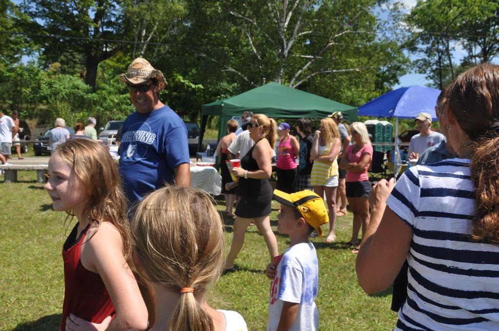 Cordova Lake Cottage Regatt 2011 071