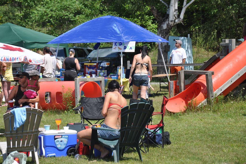 Cordova Lake Cottage Regatt 2011 106