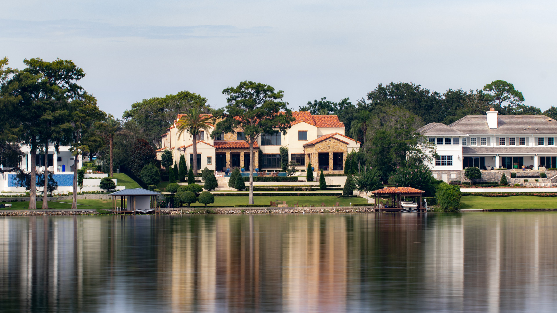 A gorgeous mansion on the lake.jpg