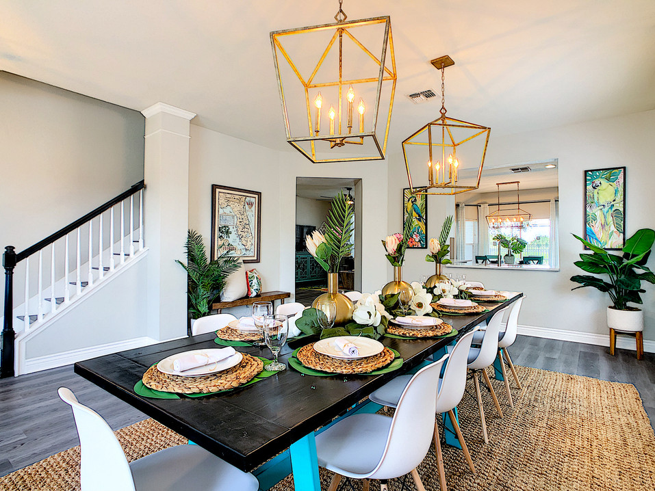 Colorful & Inviting Dining Area